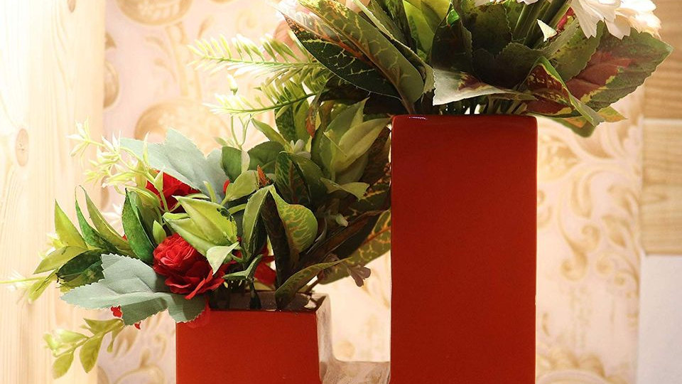 Fulwari Personal Alphabetical Fiber Planter with Artificial Flowers