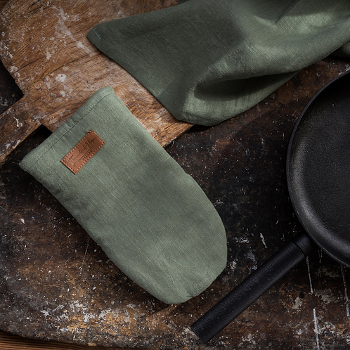 Psyrri Linen Oven Glove, Olive Green