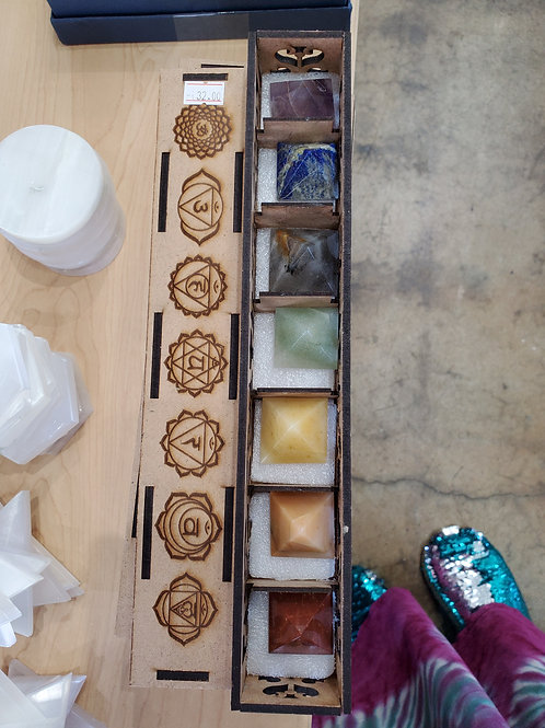 Chakra Pyramid Set