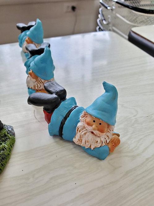 Gnomes Laying
