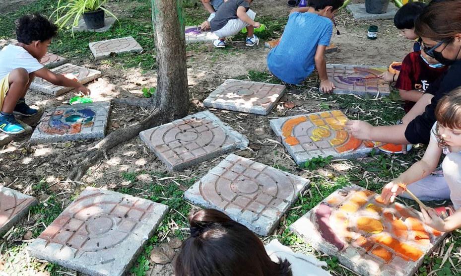outdoor-art-class_200730_0.jpg