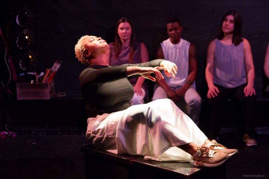 Scene-1-Head-thrown-back-Bathshebas-Psal