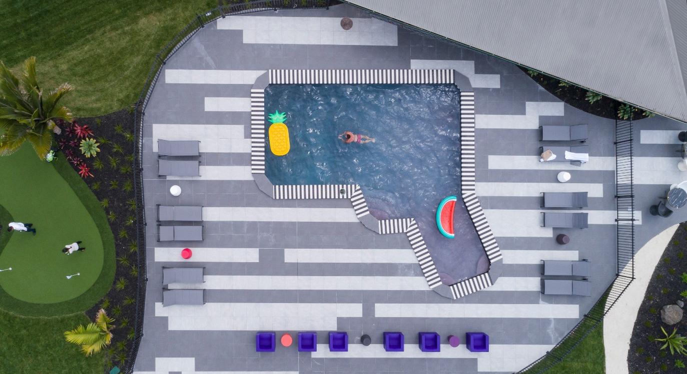 Hotel Naumi Auckland common pool area