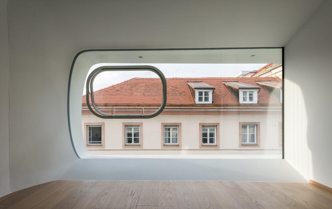 Argos-interior-5.jpg