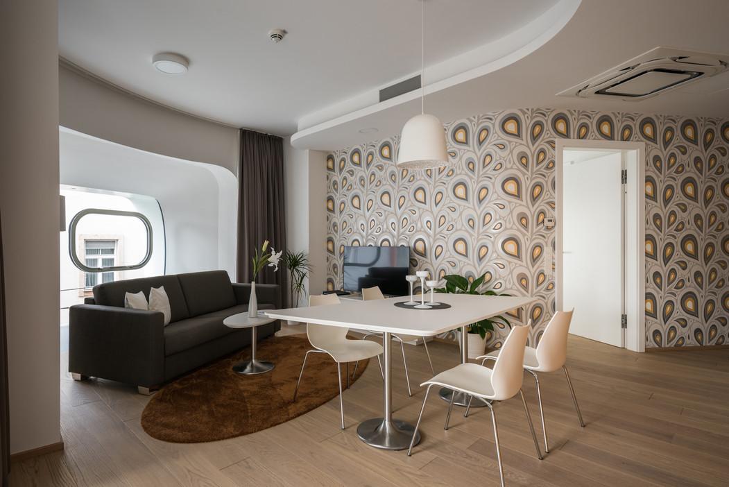 Argos-interior-1.jpg