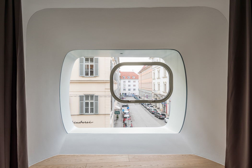 Argos-interior-2.jpg