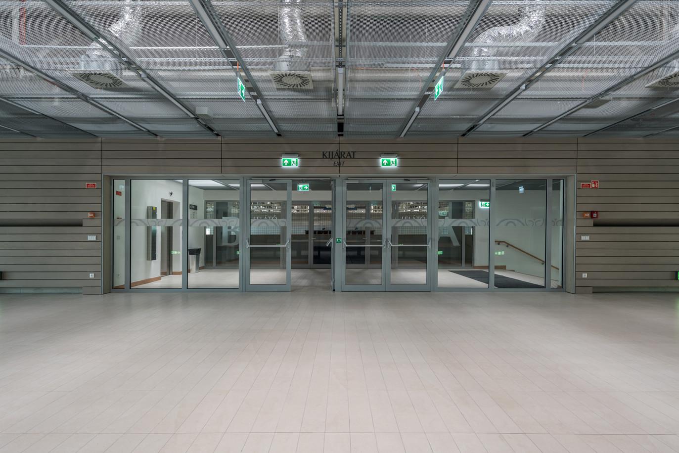 NKE_interior-1.jpg