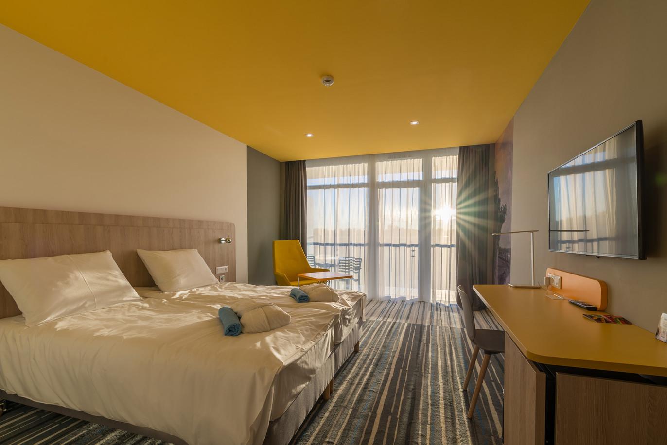 Rooms-142-HDR.jpg