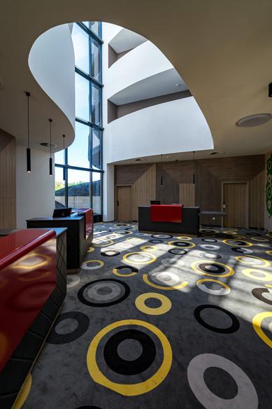 Lobby-129.jpg
