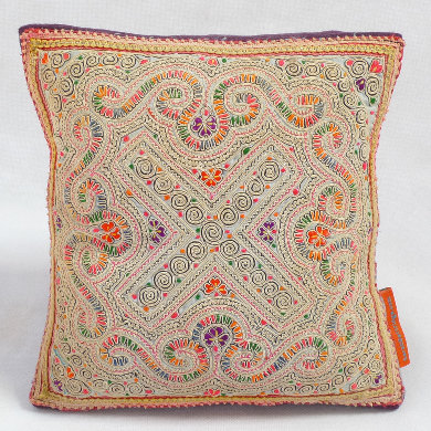 Hmong embroidered cushion SC15