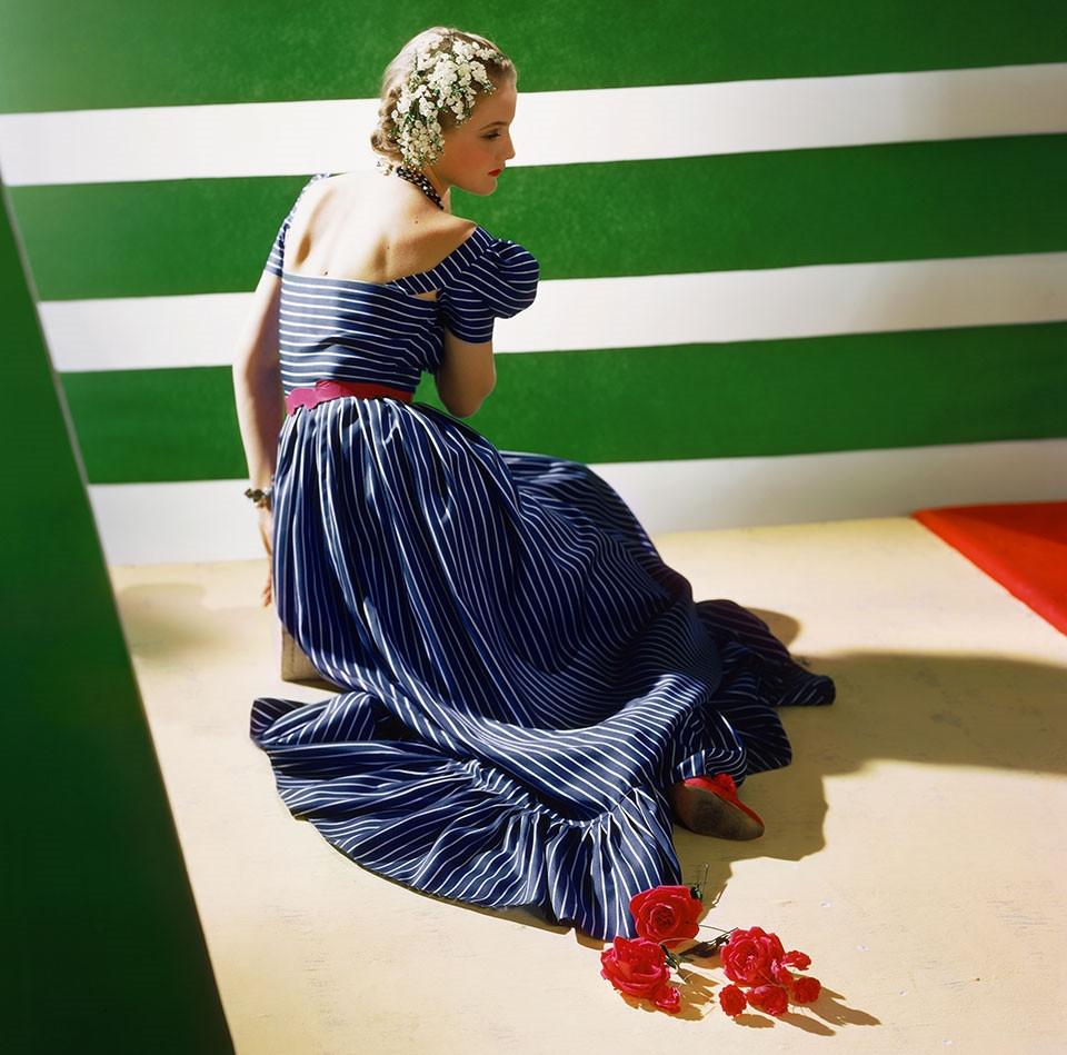 8_Dress_by_Hattie_Carnegie_1939__Conde_Nast_Horst_Estate.jpg