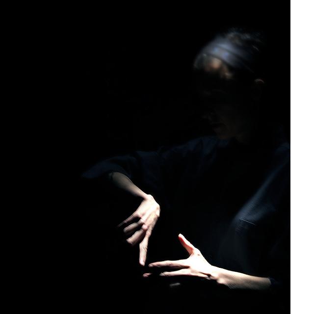 the_dark_between.jpg