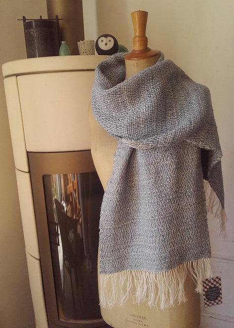 Echarpe en soie et lin bleue