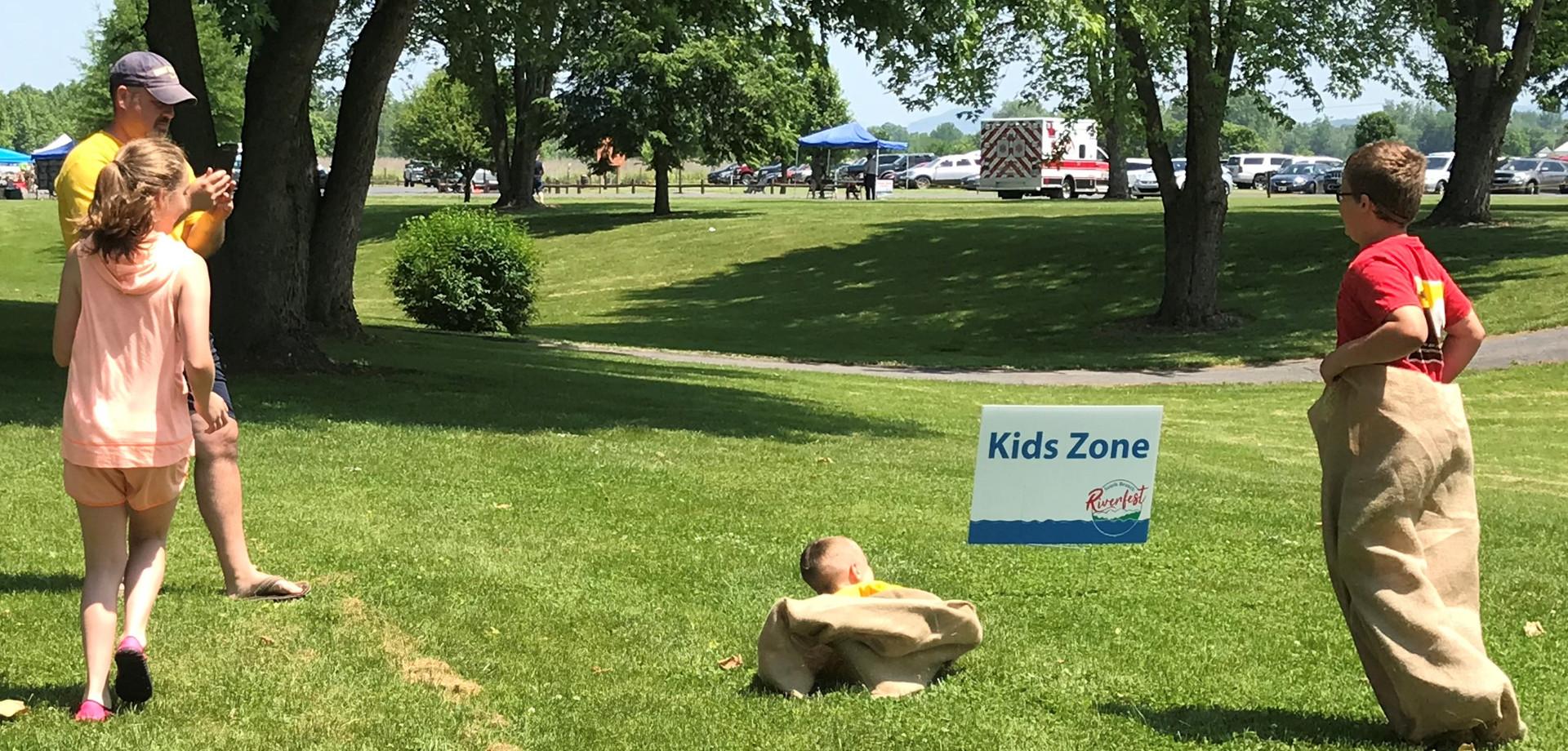 Kids sack race