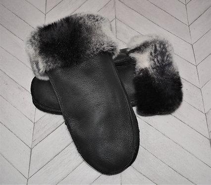 Ladies Sheepskin Mitten with a Rex Rabbit Cuff in Black/Frost