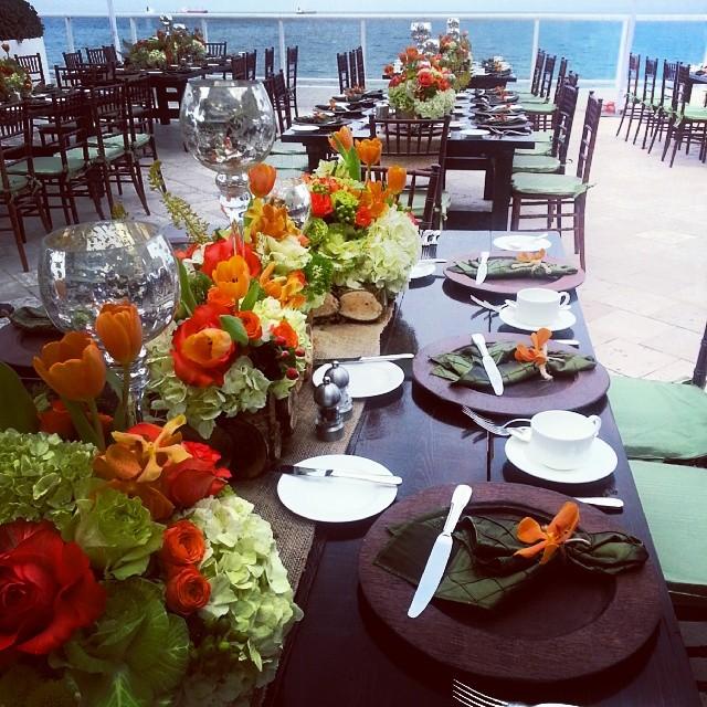 Beautiful table floral arrangment