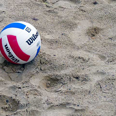 The Top 5 Health Benefits of Sand Volleyball