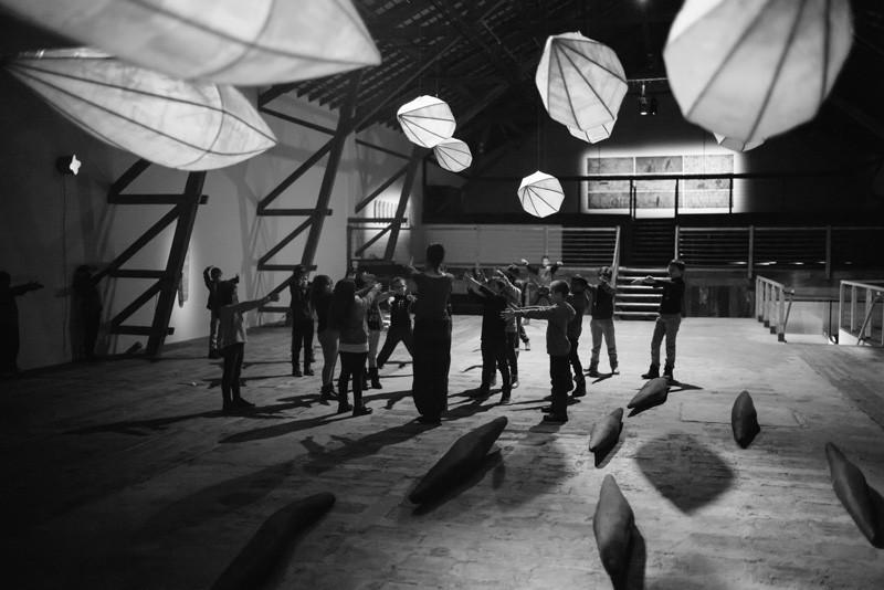 Lu Jong | atelier pour les classes d'écoles au centre culturel de la ferme asile