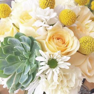 Bridal Bouquet #yellowflowers #bridalbou