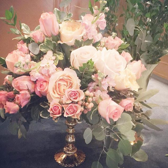 Ceremony Flowers #michiganflorist #weddi