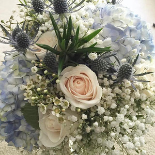 Bridal Bouquet #blue #hydrangea #rose #w