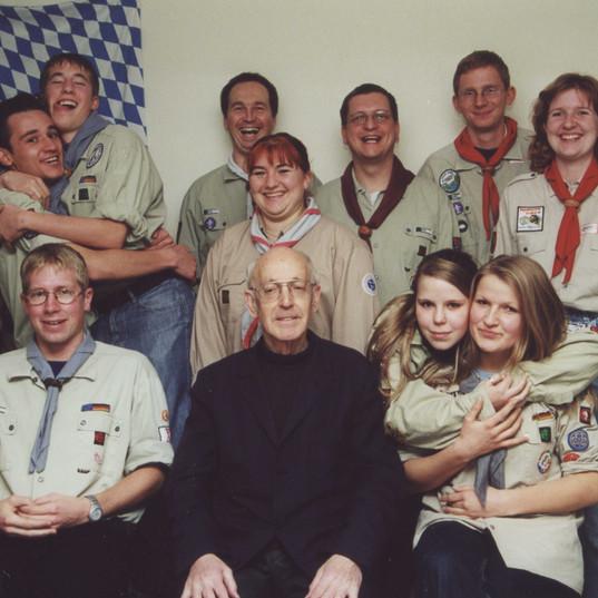 gruppenbild_leiterrunde_2001.jpg
