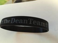 dean team bracelett.jpg