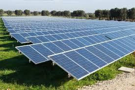 Debolezze del software di gestione remota degli inverter dei pannelli fotovoltaici permetterebbero m