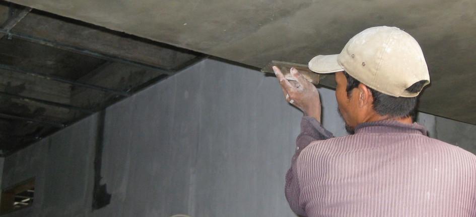 MP-40 acian atas beton