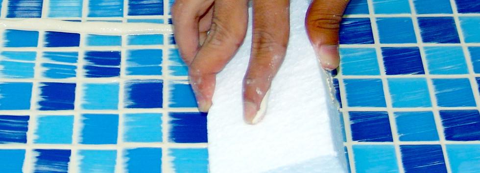 Nat Keramik Anti Air