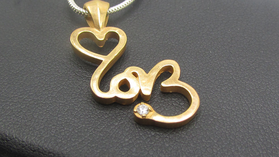 SIGNATURE LOVE Rose Gold Necklace