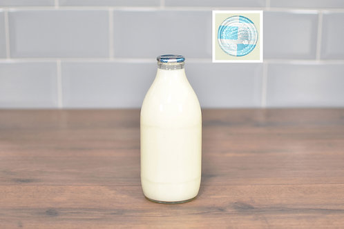 COTTESWOLD DAIRY ORGANIC SKIMMED MILK 1 PINT (568ml) GLASS
