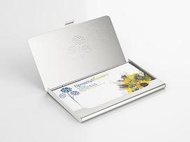 Florists business card desgned by Wild Apple Design