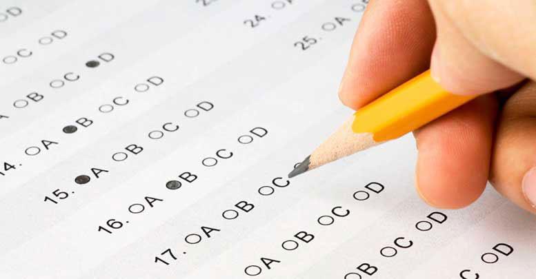 Rellenando opciones de un test psicológico