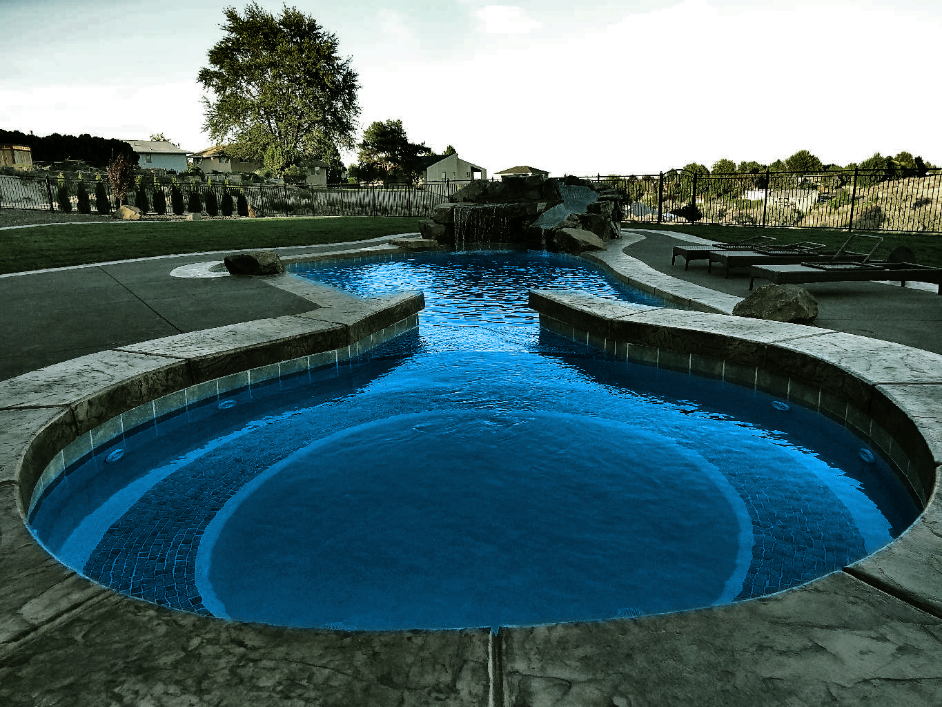 Tri Cities Swimming Pool And Landscape