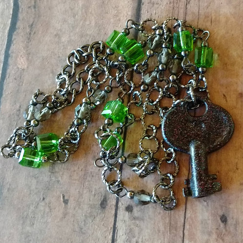 Antique Skeleton Key NECKLACE barrel beaded Czech glass gunmetal Victorian