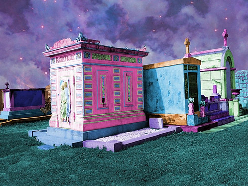Cities of the Dead in true New Orleans style