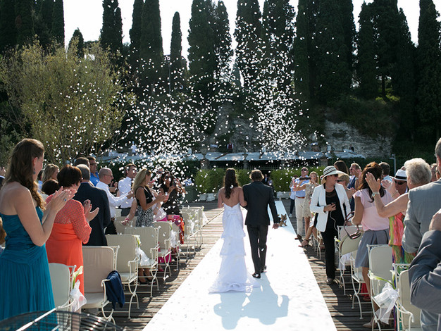 In Italy You Can Have A Civil Legally Binding Symbolic Or Religious Wedding The Prices Vary Tremendously Depending On Venue Check Out Few