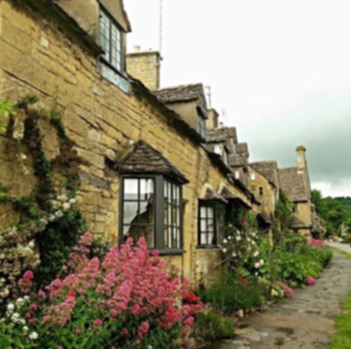 NORTH COTSWOLD TAXIS & TOURS - COTSWOLDS