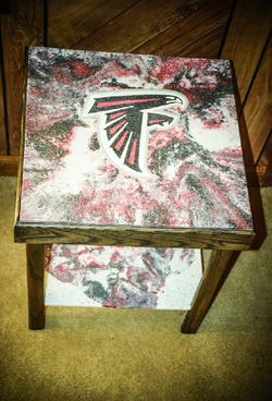 Falcons Table