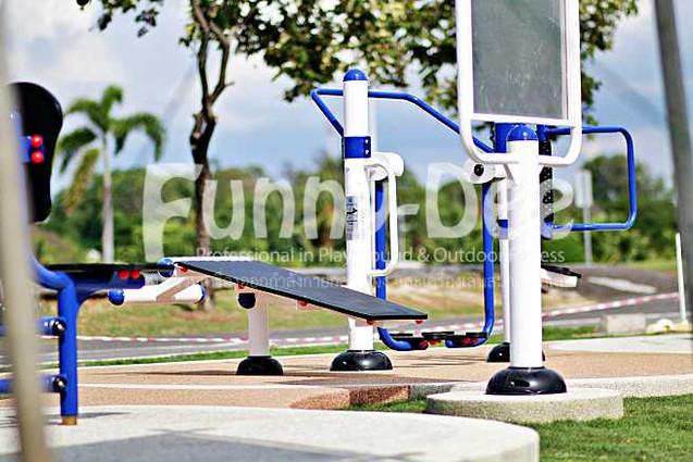 เครื่องออกกำลังกายกลางแจ้ง-จัดตั้งที่สวนน้ำบุ่งตาหลั่วเฉลิมพระเกียรติรัชกาลที่ ๙-funnydee-22