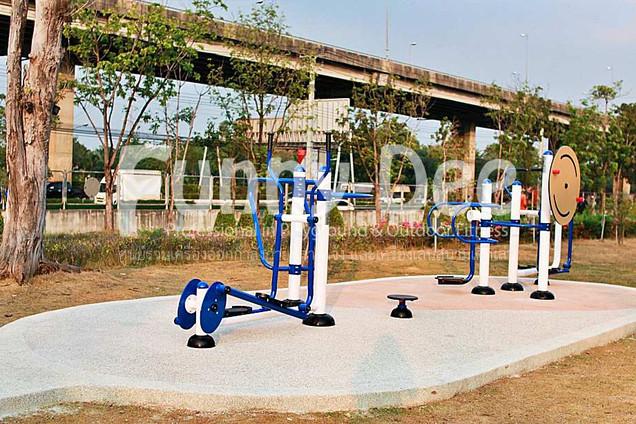 เครื่องออกกำลังกายกลางแจ้ง-จัดตั้งที่สวนเฉลิมพระเกียรติสมเด็จย่า-funnydee-03