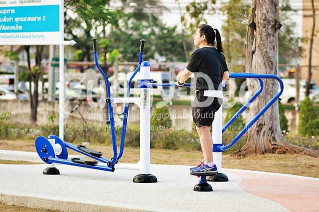 เครื่องออกกำลังกายกลางแจ้ง-จัดตั้งที่สวนเฉลิมพระเกียรติสมเด็จย่า-funnydee-26