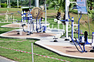 เครื่องออกกำลังกายกลางแจ้ง-จัดตั้งที่สวนน้ำบุ่งตาหลั่วเฉลิมพระเกียรติรัชกาลที่ ๙-funnydee-03