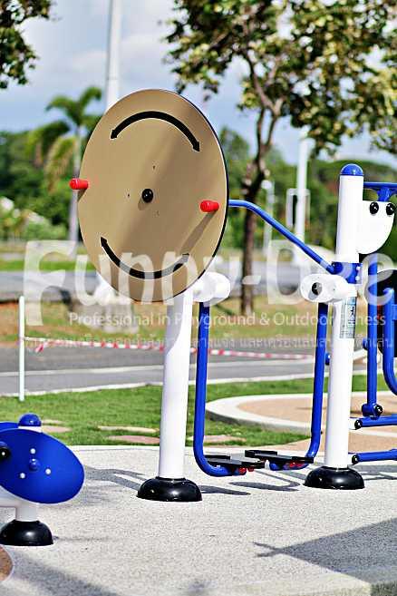 เครื่องออกกำลังกายกลางแจ้ง-จัดตั้งที่สวนน้ำบุ่งตาหลั่วเฉลิมพระเกียรติรัชกาลที่ ๙-funnydee-25