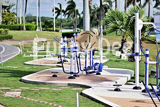 เครื่องออกกำลังกายกลางแจ้ง-จัดตั้งที่สวนน้ำบุ่งตาหลั่วเฉลิมพระเกียรติรัชกาลที่ ๙-funnydee-05
