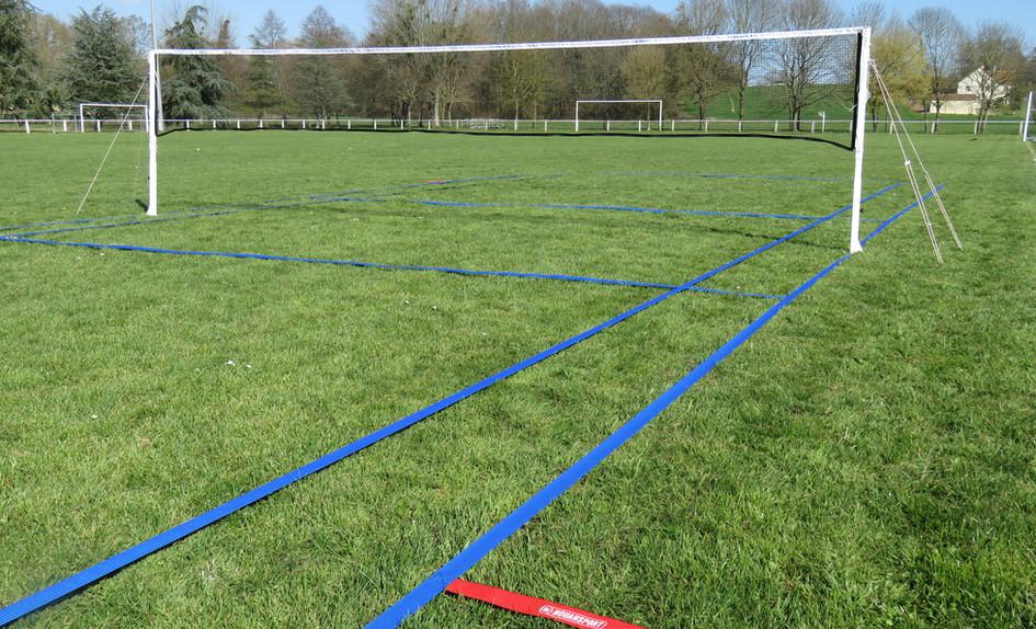 Terrain badminton gazon.JPG