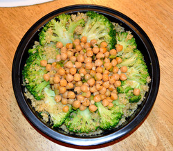 Broccoli Quinua Garbanzo