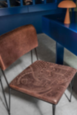 Loja Luiza Perea detalhe cadeira.jpg