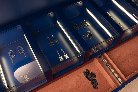 Loja Luiza Perea detalhe gavetas bijoux.